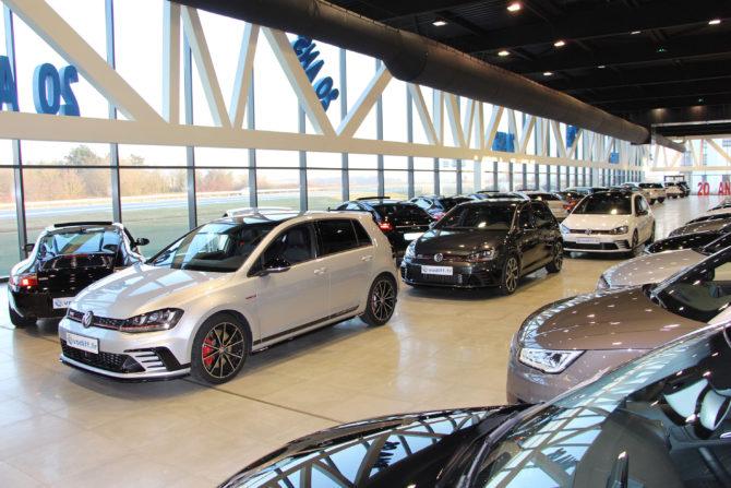 Vodiff Golf GTI Clubsport showroom